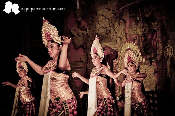 baile_ubud_indonesia_algo_que_recordar_01