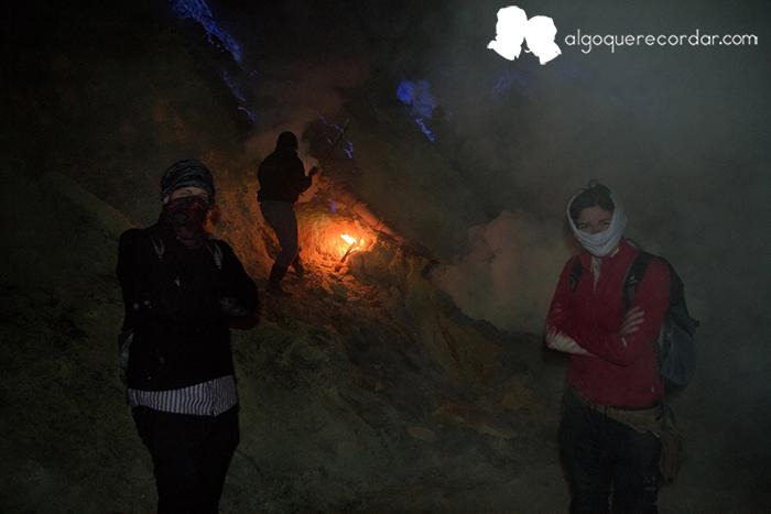 Ijen_noche_Indonesia_desafio_algo_que_recordar