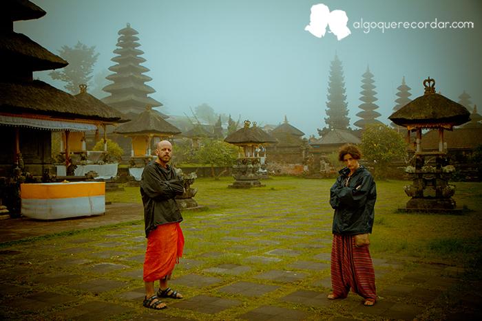 Templo_Besakih_Bali_Indonesia_desafio_algo_que_recordar