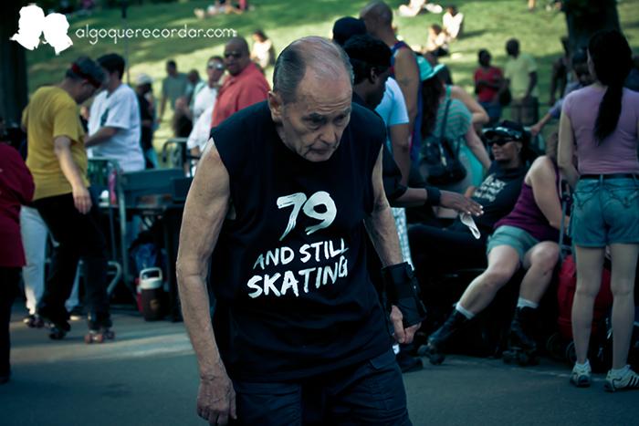 skate dancers
