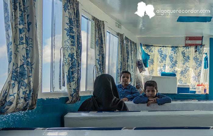 en_el_ferry_maldivas_algo_que_recordar_04