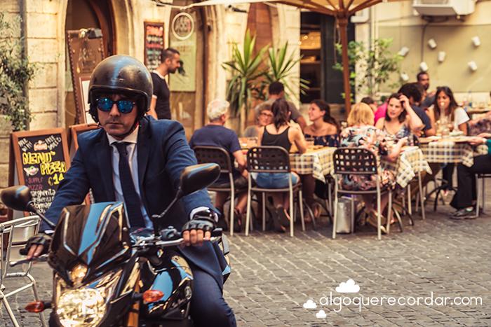 Moto en Roma