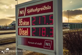 precios gasolina islandia