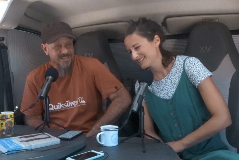 hola mundo podcast